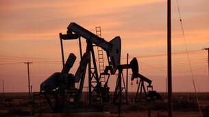 Problém s levnou ropou se hned tak nevyřeší