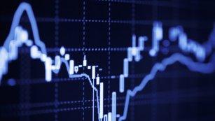 Akciové rekordy a jedno rostoucí riziko