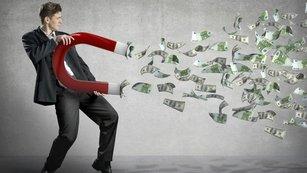 Milionářská tabulka: Kolik peněz budete mít za 25 let?