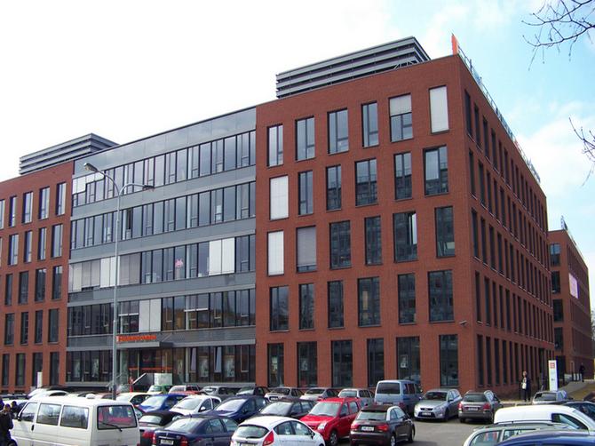 Mimotržní akvizice části budovy Futurama Business Park