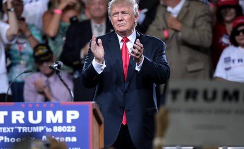 Investorský magazín: Finanční svět s Trumpem a výhled hospodaření ČEZ na rok 2017