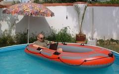 Ohříváme bazén: jak vyrobit sluneční ohřívadlo bazénu