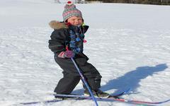 Sníh těší lyžaře, které areály otevřou už o víkendu?