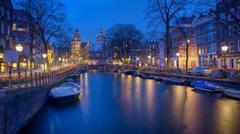 Češi chtějí letos na Vánoce do Amsterdamu, někteří poletí za teplem