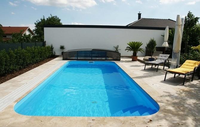 Pěkný a kvalitní bazén hodnotu domu zvyšuje