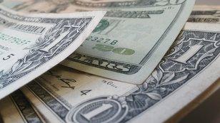 Jak teď investovat čtvrt milionu? 5 expertů jde s kůží na trh