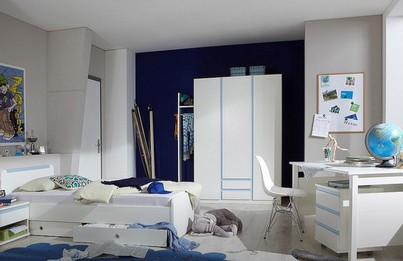 Pokoj školáka stojí za to rozdělit na 3 zóny: spánek, studium a zábava