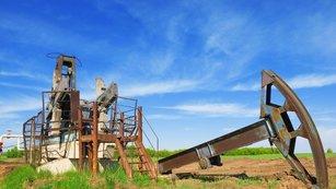Ropa: Nejen akciím hrozí nejhorší měsíc v roce