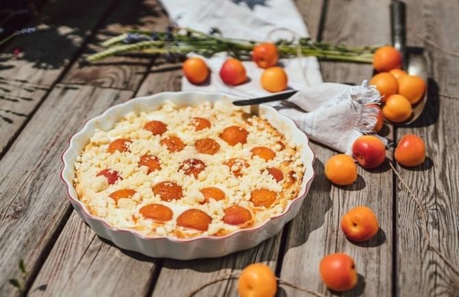 Zkuste náš recept na meruňkový koláč
