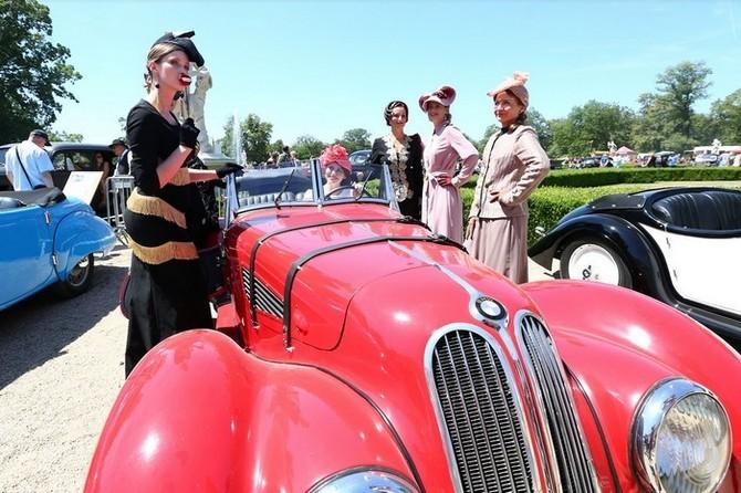Tradiční akce historických vozů, motorek, traktorů, bicyklů…