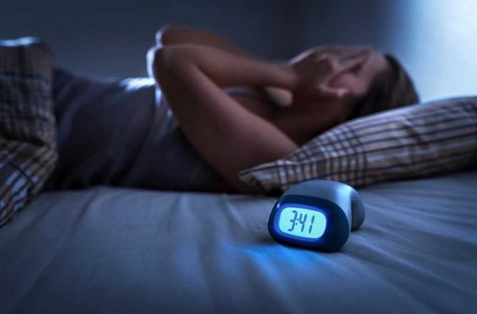 Chybějící spánek nedohoníte a nenaspite do zásoby