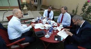 Velvyslanec J. Baloun se setkal s velvyslancem Švýcarska B. de Cerjatem
