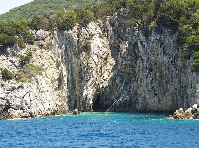 Řeckou dovolenou objednávají senioři na ostrovy