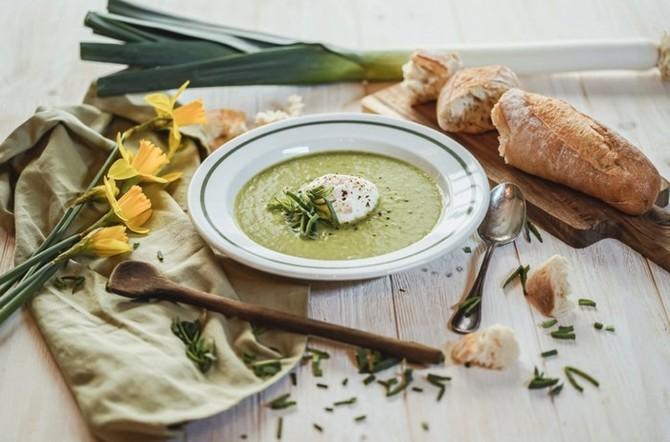 Na pórku si můžete pochutnat třeba v polévce!