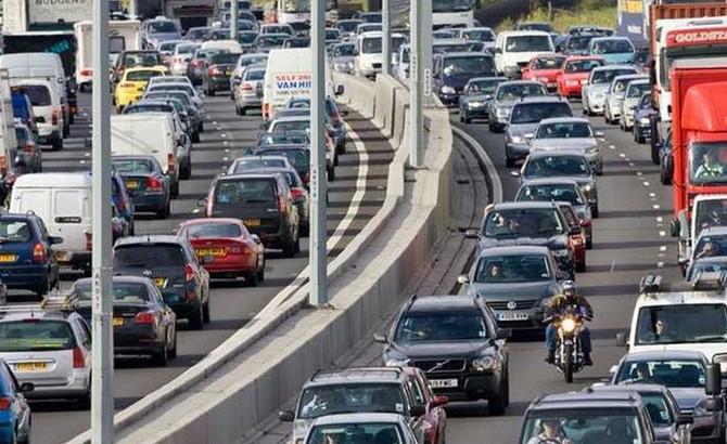 Více než 30 % pracujících do Prahy dojíždí