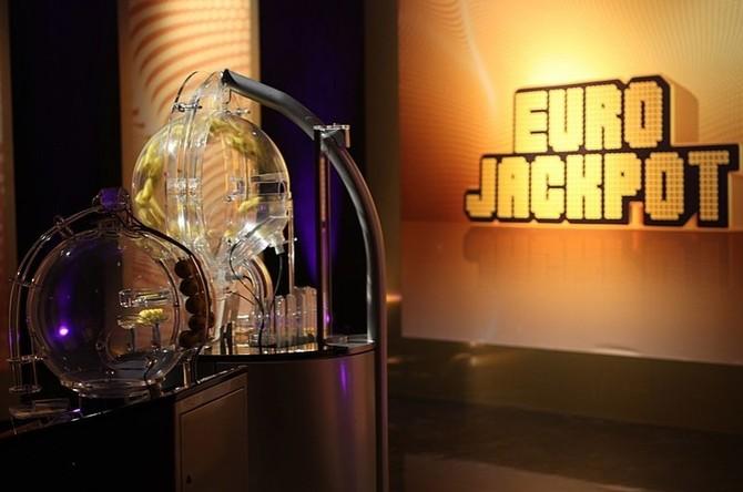 Výhra v Eurojackpotu má 50 výherců