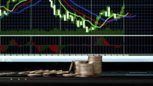 Týden na trzích podle burzovních grafů: Opakuje se duben, nebo geopolitika a riziko zvyšování sazeb srazí býkům vaz?