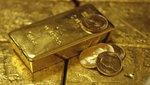 Cena zlata prudce klesla, dostala se pod 1 500 dolarů. Roste strach z chování evropské periferie