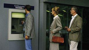 Vklad v bance není bez rizika. Politici lžou