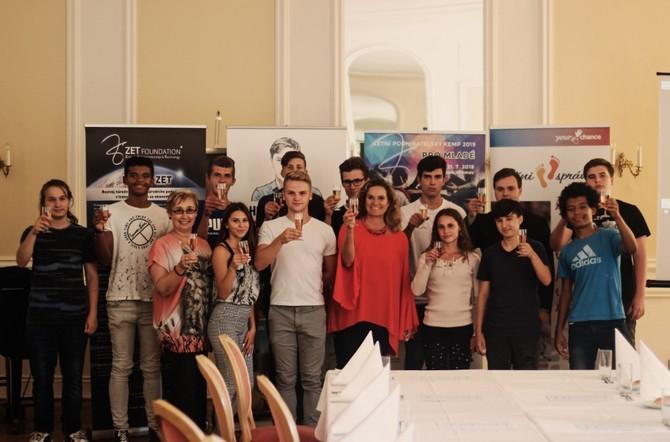 Letos se kempu zúčastnilo patnáct mladých lidí