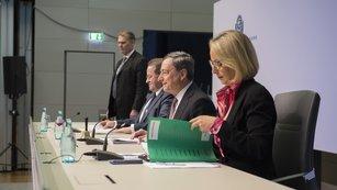 Efekty záporných sazeb jsou nejisté, varuje BIS. ECB ale podle všeho stejně přistoupí k další akci