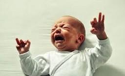 První zoubky se obvykle klubou zhruba od šesti měsíců dítěte