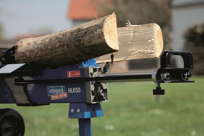 Hydraulický štípač dřeva