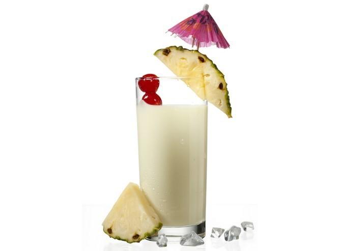 Ananasový mléčný koktejl i zasytí