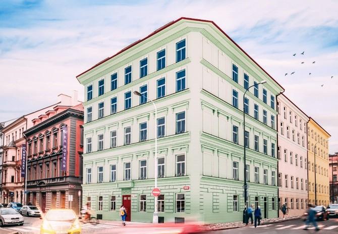 Originální komplex budov v pražské petrské čtvrti