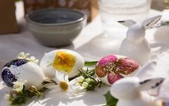 Pozvánka k slavnostně prostřenému velikonočnímu stolu
