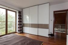 Stylový design Vaší skříně díky bezrámovým dveřím