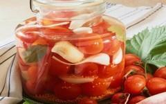 Sezóna rajčat vrcholí: 6 netradičních receptů z rajských jablek