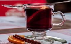 Historie horkých nápojů, které v zimě tolik milujeme
